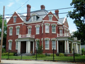 Historic_home_in_Poplar_Lawn_Historic_District